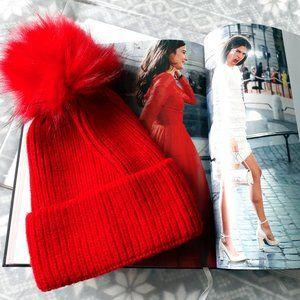 NWT Norla red knit beanie hat w/ faux fur pom pom